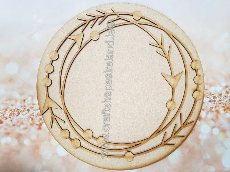29cm round plaque with detailed wreath type1