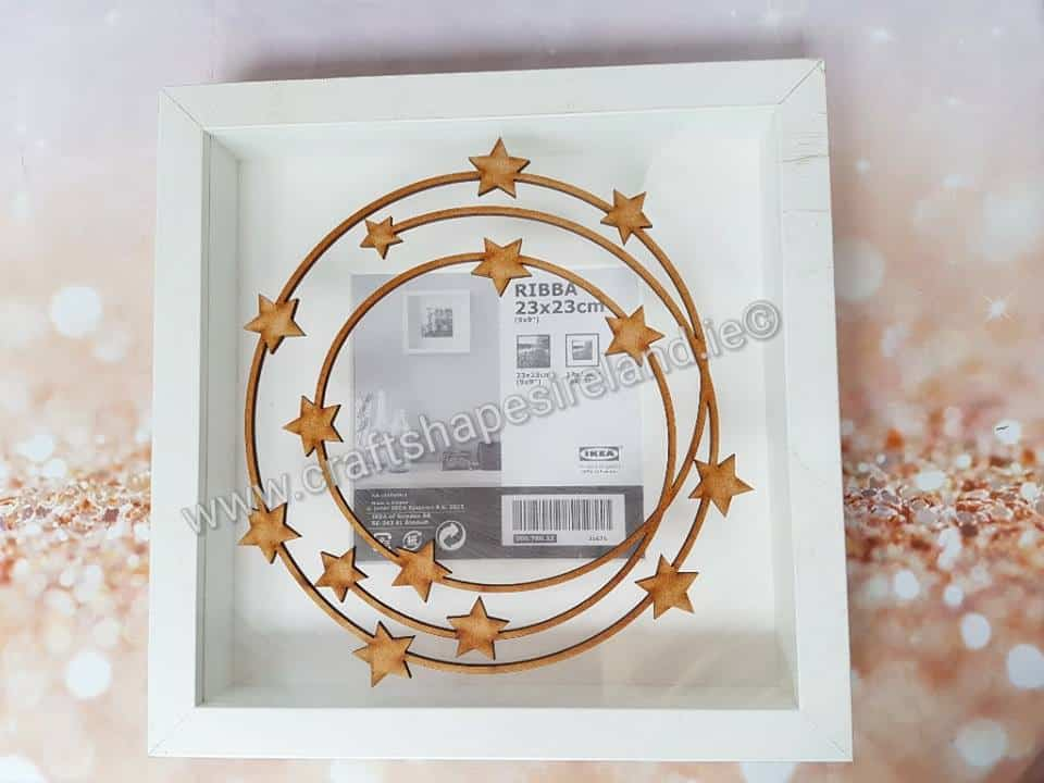 Starry detailed wreath