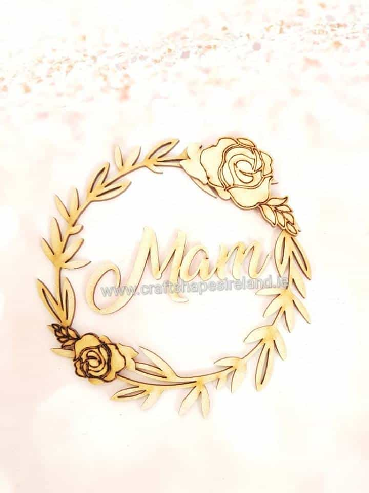 Detailed wreath with roses and Name