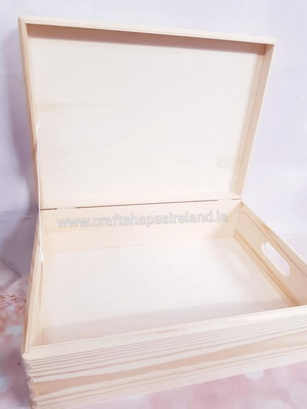 B027 Big box with lid 30*40*13.5