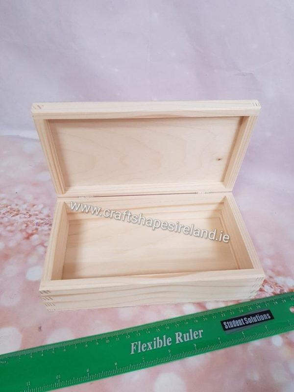 B036 Box with hinge lid 12.5x21.6cm