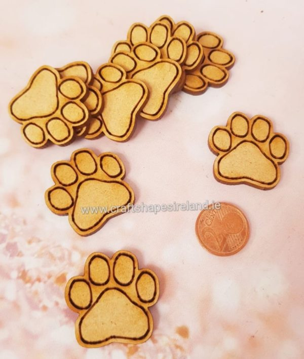 30mm paw prints pk 10